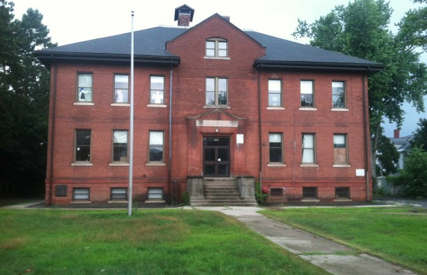 Easthampton Mulls Plans for Old School