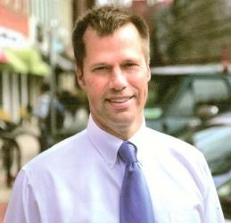 Narkewicz Kicks Off Re-Election Campaign in Northampton