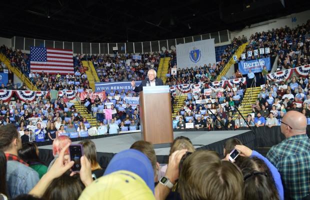 Stephanie Slysz  Bernie Sanders  Springfield Mass Mutual Center